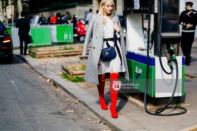 Chiêm ngưỡng loạt streetstyle cực chất tại ngày thứ 2 Paris Fashion Week qua ống kính nhiếp ảnh gia người Việt - Ảnh 12.