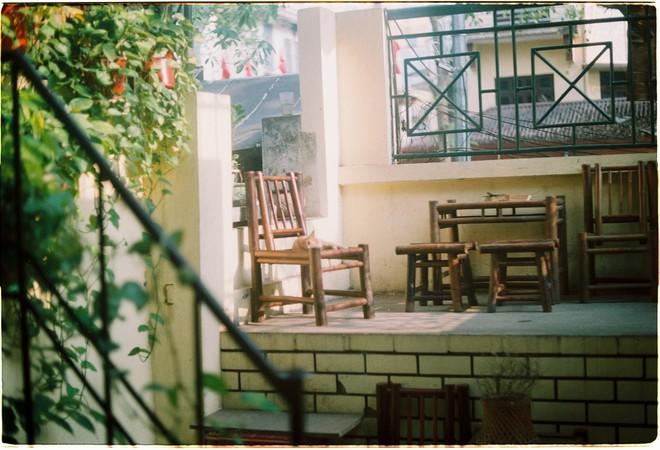 Ở Hà Nội mà không biết đến 3 quán cà phê hoài cổ này thì phí quá đi! - Ảnh 5.