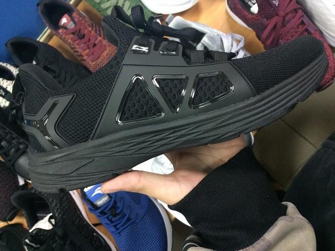 Thiết kế mới nhất trong dòng giày Bitis Hunter được hé lộ: mang tính đột phá hay chỉ là đạo nhái rẻ tiền? - Ảnh 6.