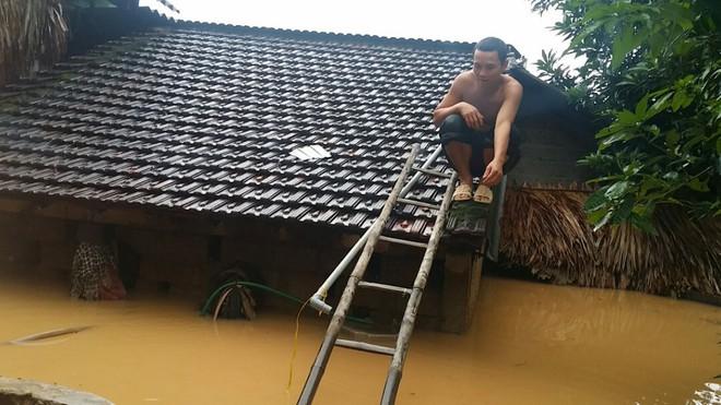 Nhìn lại những hiện tượng thời tiết, thiên tai khiến người dân Việt Nam điêu đứng năm 2017 - Ảnh 21.