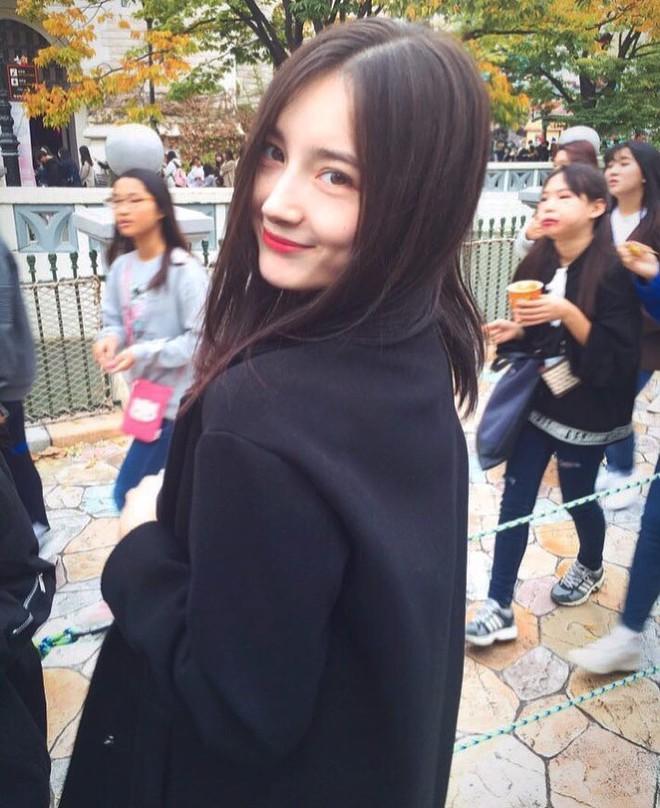 """Cô bạn người Nga """"chiếm sóng"""" MXH Hàn vì xinh đẹp giống hàng loạt idol"""