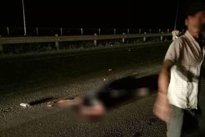 Đà Nẵng: Tông chết nam thanh niên, tài xế thay toàn bộ đèn tín hiệu sau xe tải để xóa vết máu - Ảnh 1.