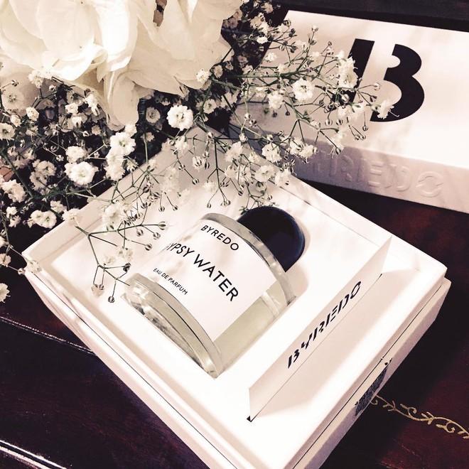 Không phải Chanel hay Dior, đây mới là 2 nhãn hiệu nước hoa đang được mệnh danh là nước hoa của các fashionista - Ảnh 24.