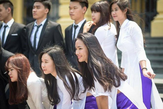 Hình ảnh mũm mĩm, ngố tàu của hot girl Việt thời còn là học sinh cấp 3 - Ảnh 14.