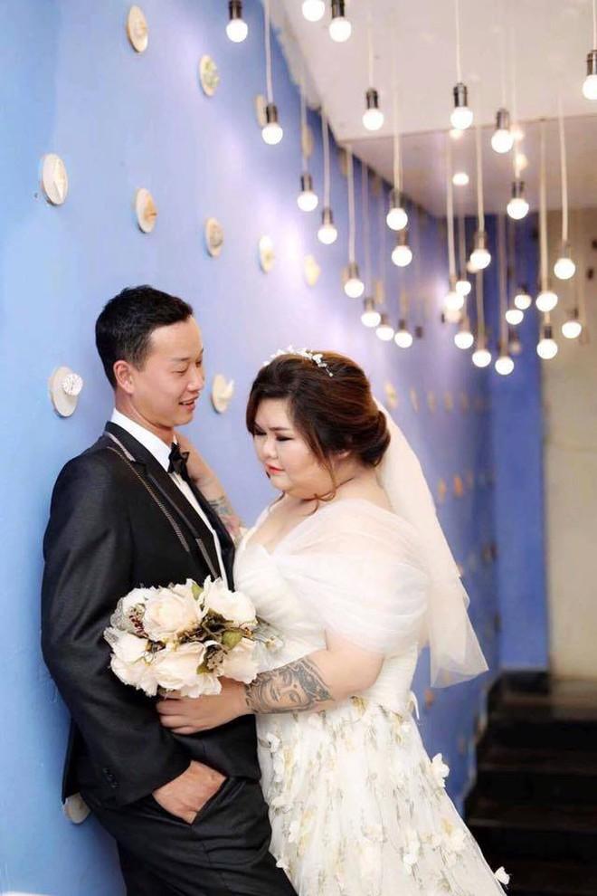 Vỗ béo người yêu từ 90kg lên 120kg rồi mới cưới, ông chồng của năm đây rồi! - Ảnh 1.