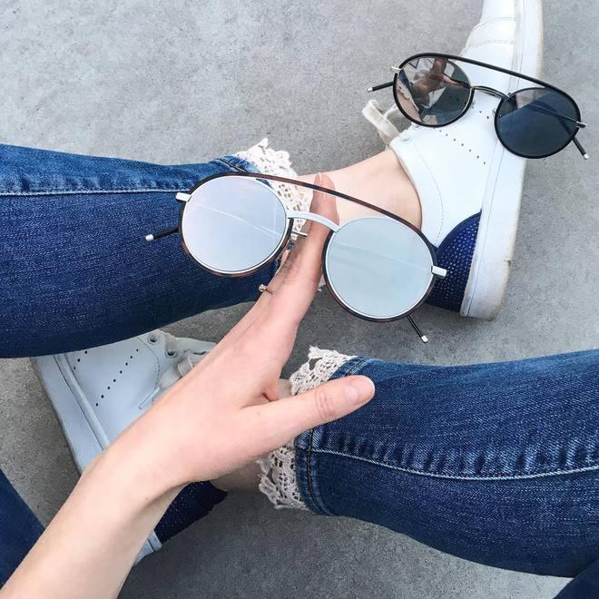 Hè này nếu định sắm kính, nhất định phải sắm kính tròn gọng kim loại cho bằng bạn bằng bè - Ảnh 23.