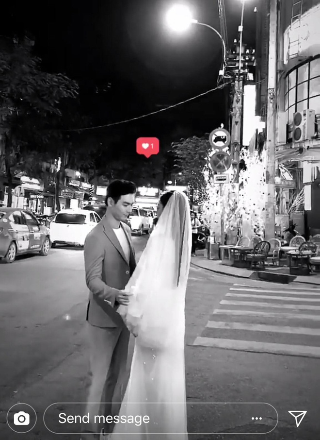 Chúng Huyền Thanh mặc đầm lộng lẫy, rạng rỡ đi chụp ảnh cưới với bạn trai - Ảnh 1.