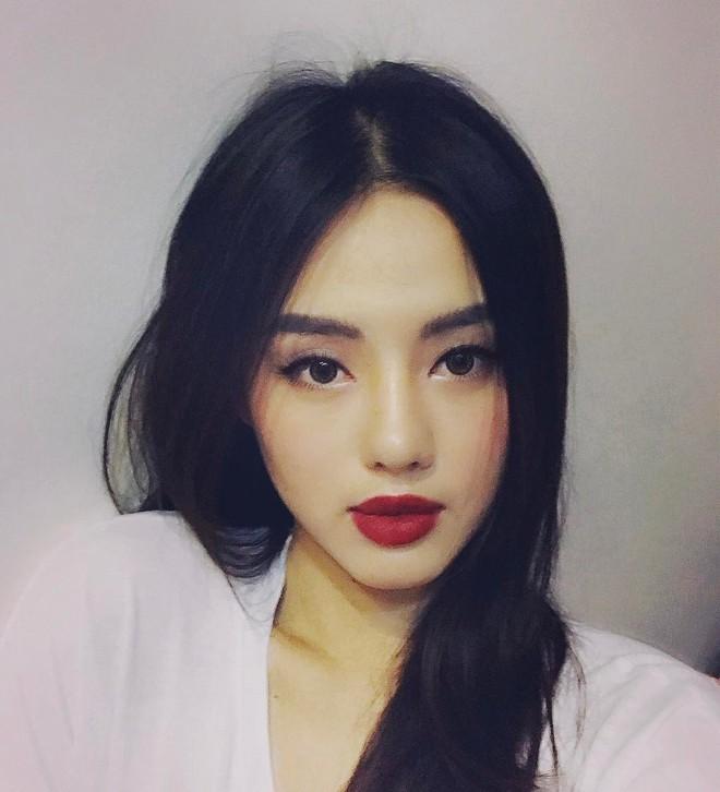 Khánh Linh và Tú Hảo chính là 2 nữ hoàng son môi của The Face vì môi đã đẹp, đánh son màu nào cũng đẹp luôn - Ảnh 13.