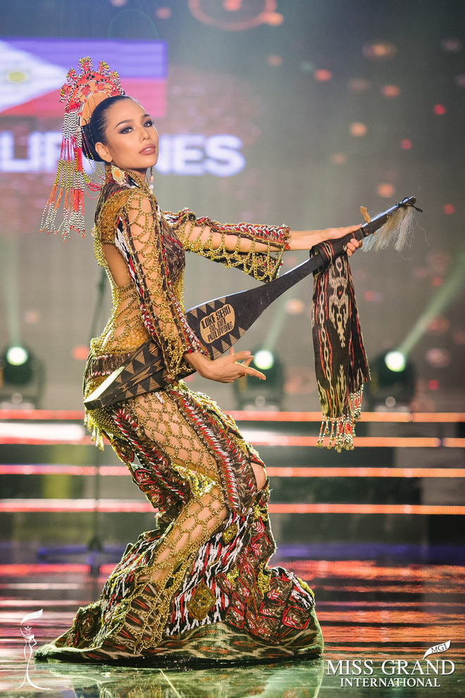 """Chuyện hy hữu: BTC """"Miss Grand International"""" công bố nhầm Top 1 bình chọn Trang phục dân tộc giữa Việt Nam và Indonesia - Ảnh 7."""