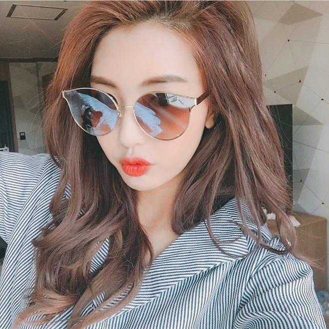 Sau Gentle Monster, giới trẻ Hàn đang đắm đuối với 2 thương hiệu kính mắt rẻ hơn mà cực cool này - Ảnh 32.