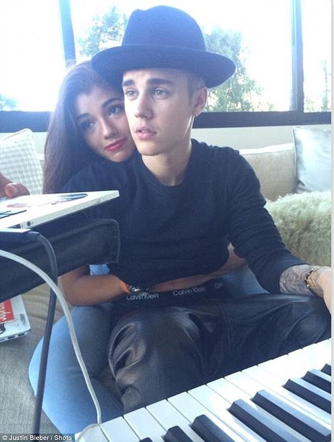 Tình huống thú vị: Justin tái hợp với Selena, còn The Weeknd thì hẹn hò với bồ cũ của Justin - Ảnh 4.