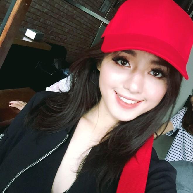 Khánh Linh và Tú Hảo chính là 2 nữ hoàng son môi của The Face vì môi đã đẹp, đánh son màu nào cũng đẹp luôn - Ảnh 17.