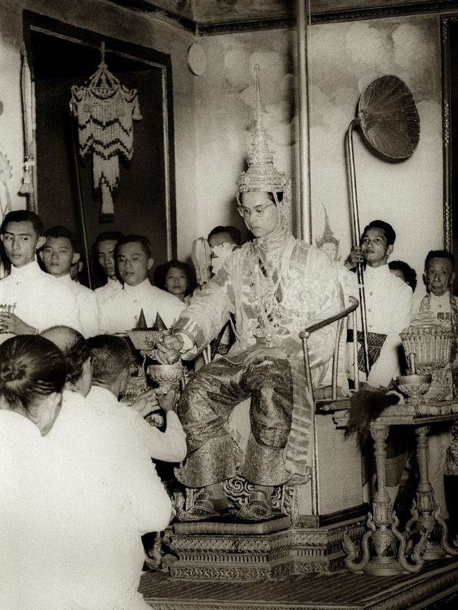 10 dấu ấn trong cuộc đời Quốc vương Bhumibol Adulyadej – Vị vua vĩ đại nhất lịch sử Thái Lan - Ảnh 6.