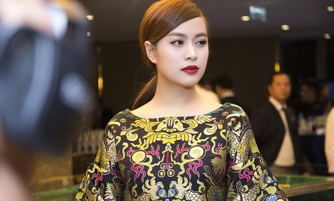 Hoàng Thuỳ Linh xinh đẹp, tự tin ở thời điểm hiện tại.