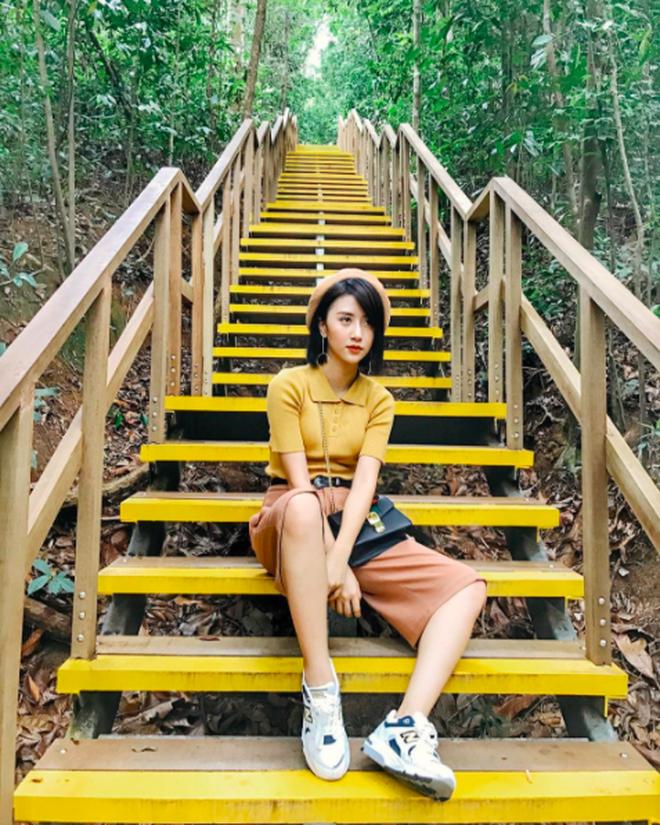 """Loạt background chụp ảnh """"tưởng không đẹp mà đẹp không tưởng"""" của hot girl Việt - Ảnh 23."""