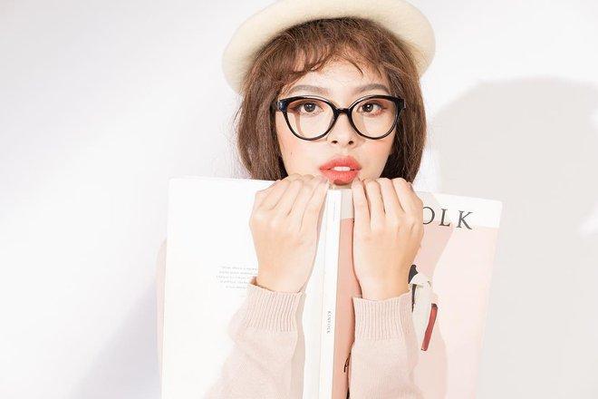 Khánh Linh và Tú Hảo chính là 2 nữ hoàng son môi của The Face vì môi đã đẹp, đánh son màu nào cũng đẹp luôn - Ảnh 25.