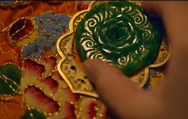 """Thời trang trong phim """"Cô Ba Sài Gòn"""" chỉ cần tả bằng 2 từ thôi: Xuất Sắc! - Ảnh 4."""