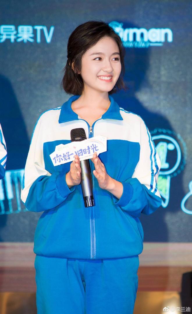 Dư Châu Châu bị bắt nạt khiến Lâm Dương vô cùng tức giận trong phim Xin chào ngày xưa ấy