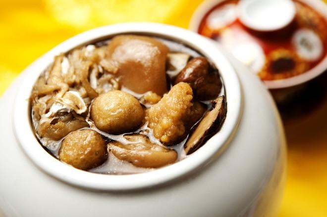 """Thú vị ý nghĩa tên món ăn """"Phật nhảy tường"""" thu hút đông đảo thực khách ở Trung Quốc - Ảnh 3."""