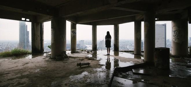 The Promise: Những sự thật rùng rợn về tòa nhà ma ám nổi tiếng nhất Thái Lan - Ảnh 2.