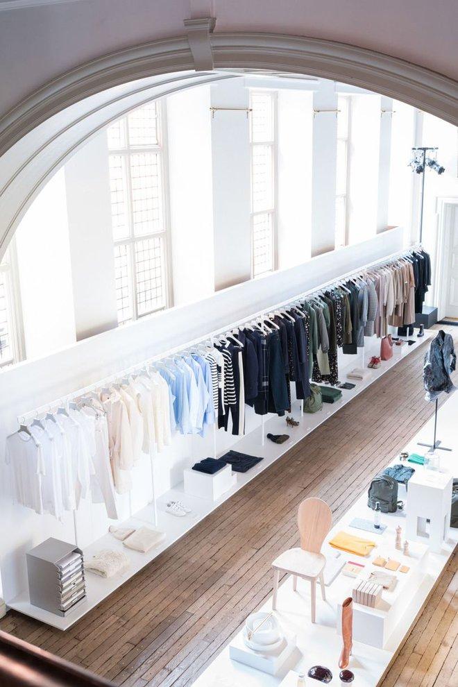 Trong cửa hàng Arket có gì mà H&M tự tin rằng nó sẽ phá đảo thị trường bán lẻ hiện tại? - Ảnh 3.