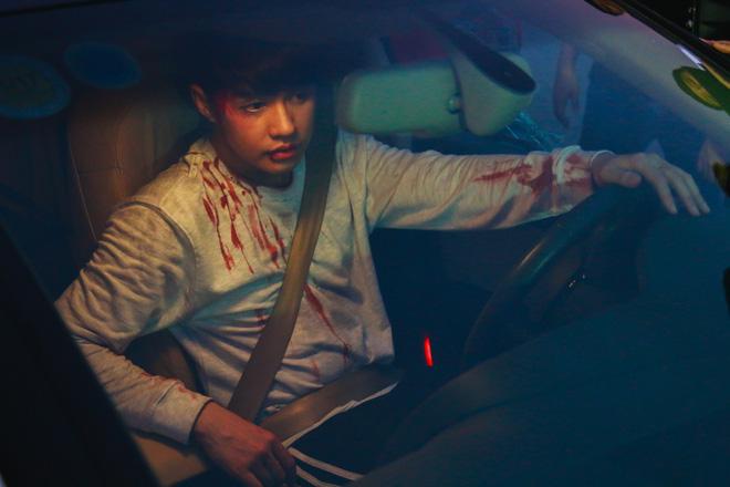 Noo Phước Thịnh mắc bệnh quái ác, bị người yêu phản bội, chịu cái kết đầy bi thảm trong MV mới - Ảnh 12.