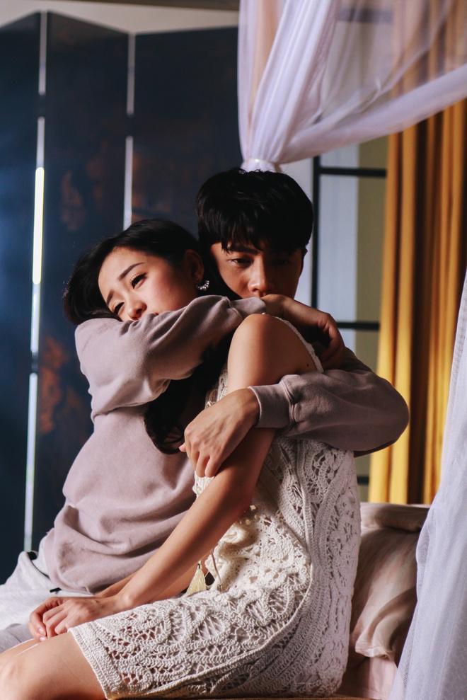 Noo Phước Thịnh mắc bệnh quái ác, bị người yêu phản bội, chịu cái kết đầy bi thảm trong MV mới - Ảnh 4.