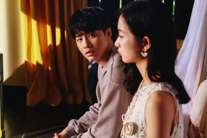 Noo Phước Thịnh mắc bệnh quái ác, bị người yêu phản bội, chịu cái kết đầy bi thảm trong MV mới - Ảnh 5.