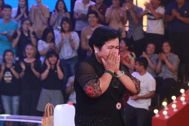 Cô bán chè 56 tuổi của Thách thức danh hài: Từng bị liệt người, nhưng nhận 100 triệu chỉ để cho bố mẹ vì nghĩ mình còn trẻ - Ảnh 2.