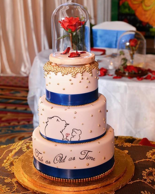 15 mẫu bánh cưới cảm hứng từ phim hoạt hình Disney - Ảnh 5.