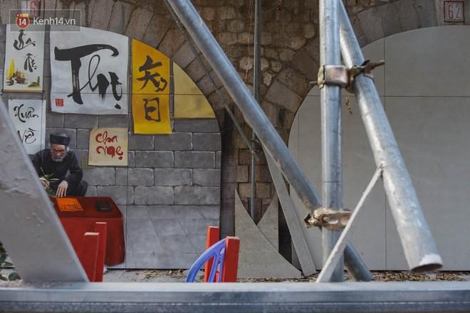 Hà Nội: Dự án bích họa trên phố Phùng Hưng bị đắp chiếu, biến thành bãi gửi xe bất đắc dĩ sau 1 tháng triển khai - Ảnh 5.