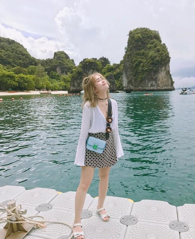 """Năm 2018 rồi và đây là những hot girl Việt có lượt follower """"khủng"""" nhất Instagram - Ảnh 7."""