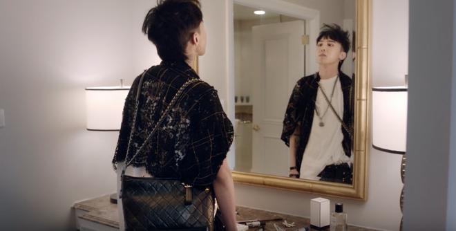 G-Dragon bị fan ruột của Chanel kỳ thị vì lý do hết sức ngớ ngẩn - Ảnh 2.