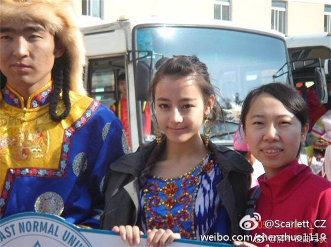 Hành trình nhan sắc của Địch Lệ Nhiệt Ba: Từ em gái nhỏ Tân Cương vút lên trở thành mỹ nhân 9X đình đám Cbiz hiện tại - Ảnh 5.
