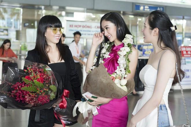Hà Thu rạng rỡ trở về nước sau thành tích lọt vào Top 16 Miss Earth 2017 - Ảnh 7.