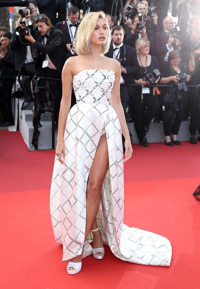 Phạm Băng Băng đã chịu lấy lại phong độ, đẹp không thua kém Elle Fanning trên thảm đỏ Cannes - Ảnh 19.