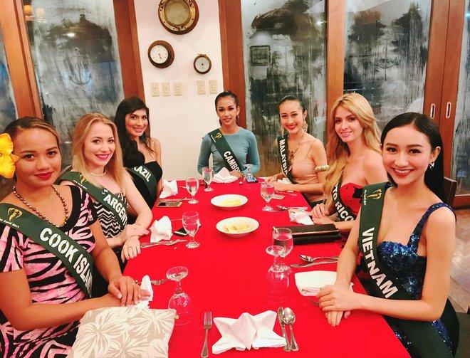 Hà Thu tiếp tục ghi điểm với giải đồng phần thi tài năng tại Hoa hậu Trái đất 2017 - Ảnh 5.