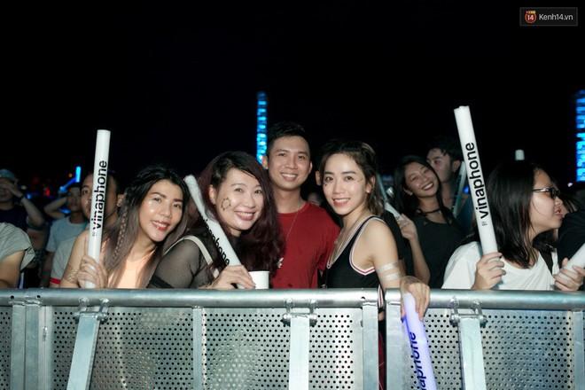 Đi rave show Armin và đây là những cô nàng nóng bỏng nhất! - ảnh 20