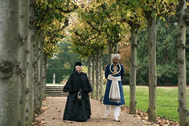 Thủ lĩnh của điệp viên 007 Judi Dench trở lại với vai diễn Nữ hoàng Anh đầy quyền lực - Ảnh 5.