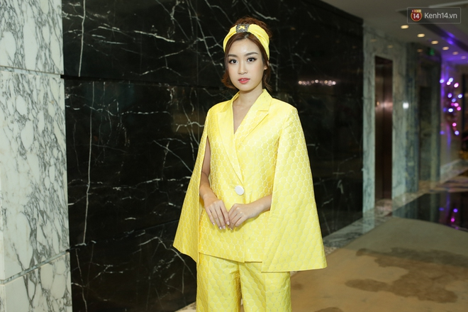 Bộ đôi Hoa hậu Kỳ Duyên - Mỹ Linh đọ sắc với tông vàng rực rỡ tại show thời trang - Ảnh 5.