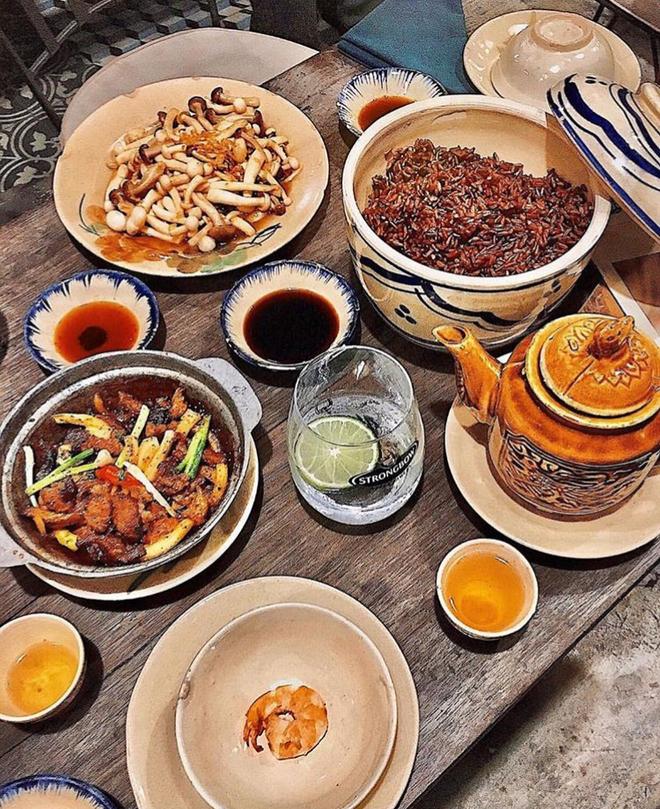 3 cửa hàng bistro ở Sài Gòn đủ các tiêu chuẩn ngon, đẹp, ấm cúng và giá hợp lý - Ảnh 2.