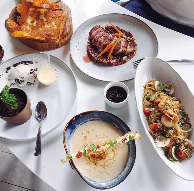 3 cửa hàng bistro ở Sài Gòn đủ các tiêu chuẩn ngon, đẹp, ấm cúng và giá hợp lý - Ảnh 4.