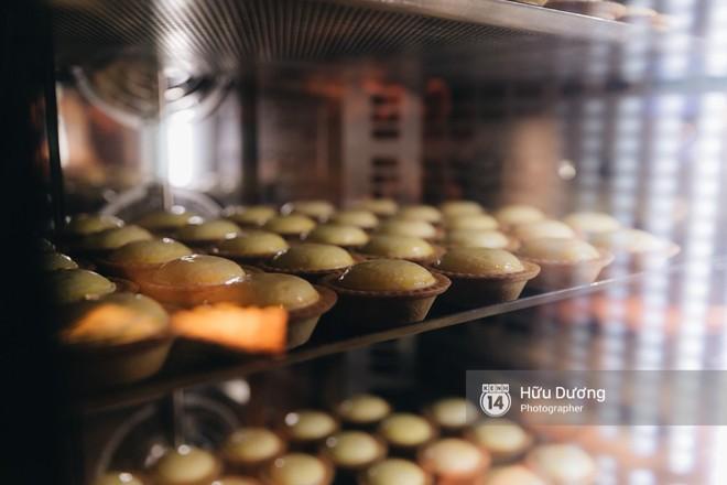 Gần 300k cho 6 chiếc bánh nhỏ, món tart phô mai đắt đỏ này đang khiến giới trẻ Sài Gòn siêu tò mò! - Ảnh 11.