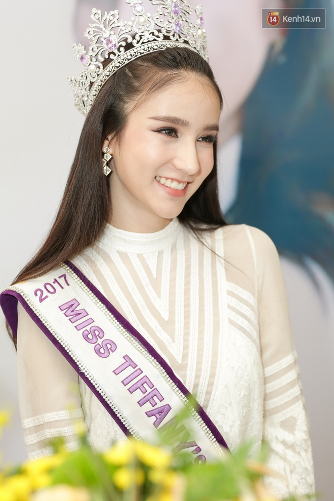 """Ngắm """"thần tiên tỷ tỷ"""" của Hoa hậu chuyển giới Thái Lan 2017 khi đến Việt Nam, ai mà không rung động cho được! - Ảnh 8."""