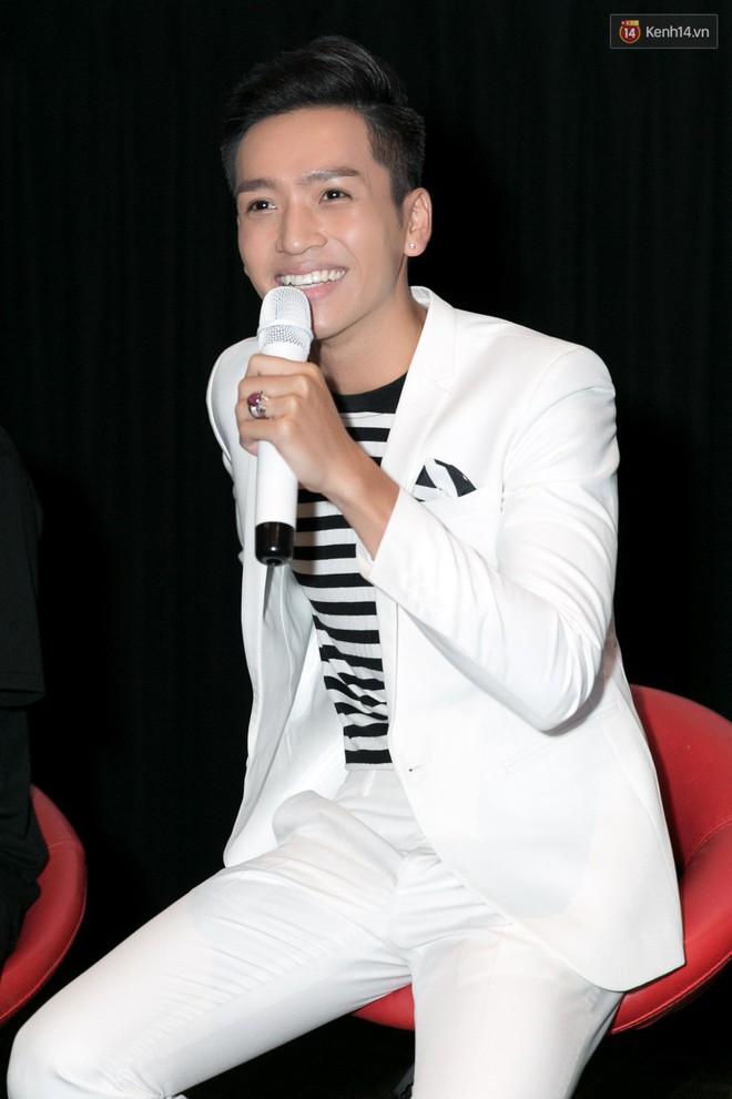 Bạch Công Khanh đóng cảnh nóng bỏng cùng Chế Nguyễn Quỳnh Châu trong MV dance - Ảnh 2.