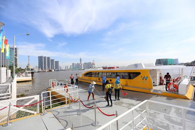 Bến cảng Bạch Đằng hiện đại nhất trong số các bến cảng thuộc tuyến buýt đường sông số 1.