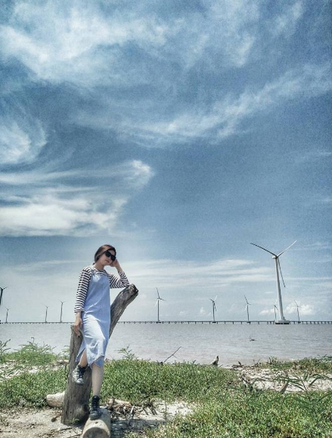 Tạm quên thành phố đầy khói bụi để đến với cánh đồng quạt gió đẹp xuất sắc ở miền Tây - Ảnh 7.