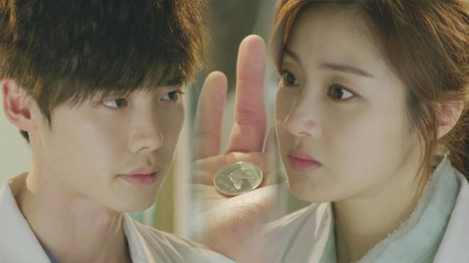 Vai trong Khi Nàng Say Giấc có gì khác loạt vai diễn trước đây của Lee Jong Suk? - Ảnh 12.