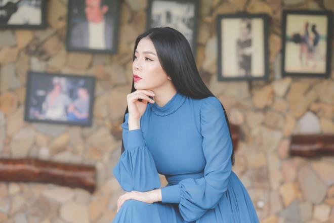 Lệ Quyên mất nhiều ngày để thoát ra khỏi nỗi buồn khi thu âm album nhạc Trịnh Công Sơn - Ảnh 2.