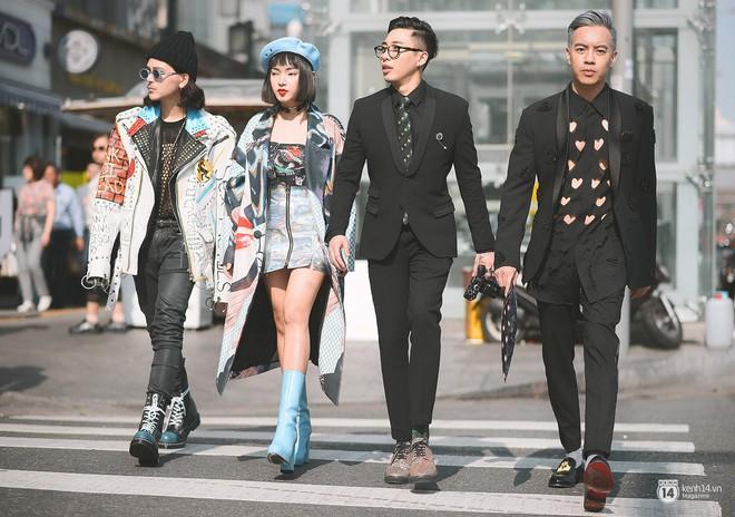 Không đơn thuần là cuộc chiến váy áo, sự bùng nổ của fashionista và celeb Việt tại các tuần lễ thời trang còn có ý nghĩa nhiều hơn thế - Ảnh 1.